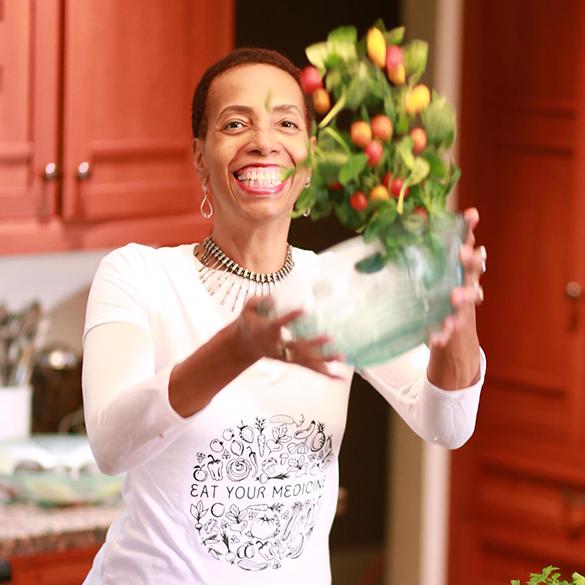 Julie-Ward-Kitchen-585px